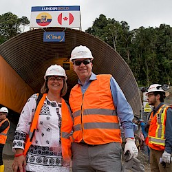 Canadian (L) and US (R) Ambassadors at Site